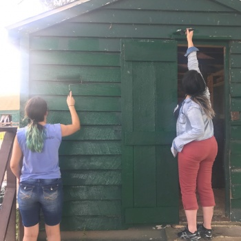 ISF YOUTH VISIT CATSKILL ANIMAL SANCTUARY AND LEND A HELPING HAND